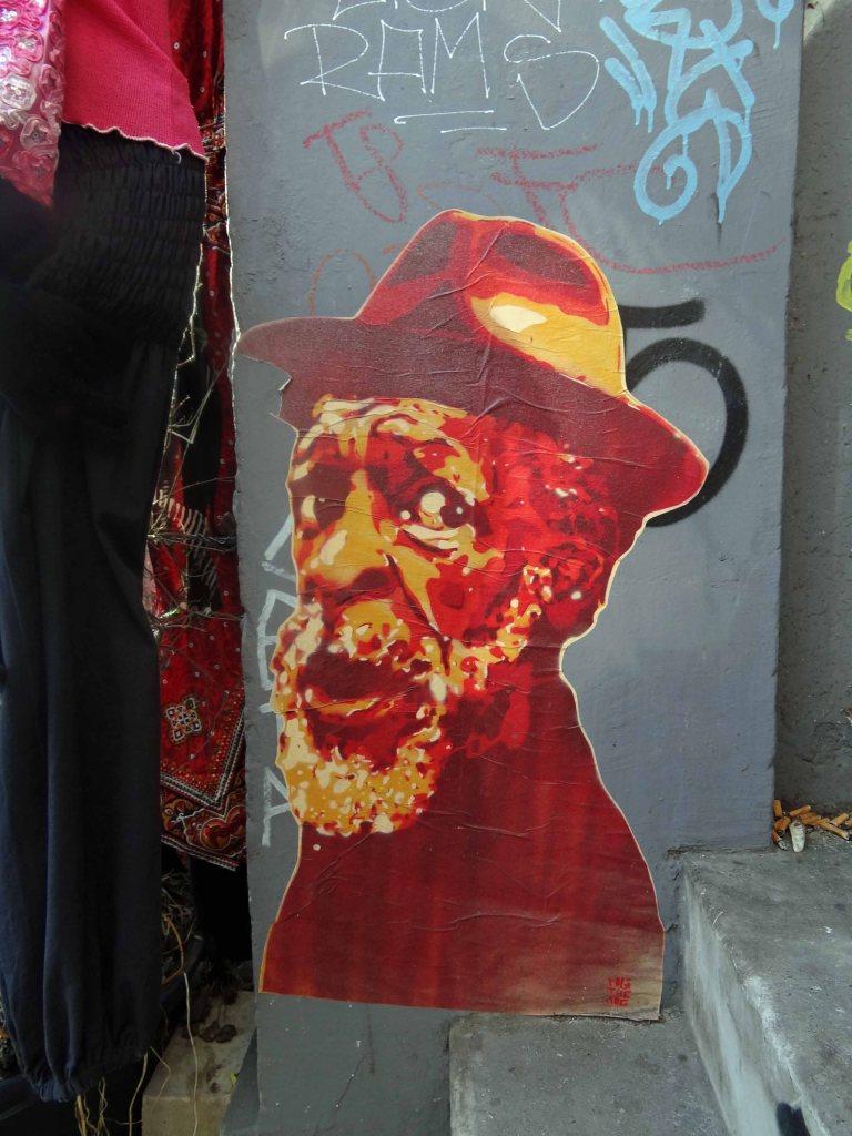 robi-the-dog-stencil-paste-up-alter-mann-streetart-urban-art-hamburg-karoviertel-elbgangerin-elbgaengerin